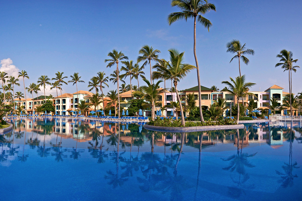 Ocean Blue Sand Golf Beach Resort  Punta Cana